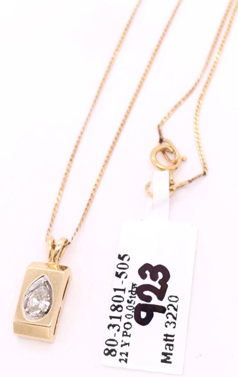 14 Karat Yellow Gold Pendant Necklace For Sale 2