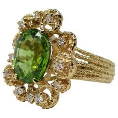 14 Karat Yellow Gold 5.52 Carat Peridot and Diamond Ring