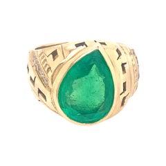 14 Karat Yellow Gold 6 Carat Emerald Diamond Ring