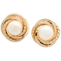 14 Karat Yellow Gold 6mm Freshwater Pearl Stud Earrings
