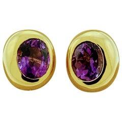 14 Karat Yellow Gold Amethyst Stud Earrings