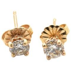 14 Karat Yellow Gold and 0.20 Carat Round Diamond Stud Earrings