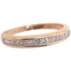 14 Karat Yellow Gold and Diamond Band / Wedding Ring 0.45 TDW