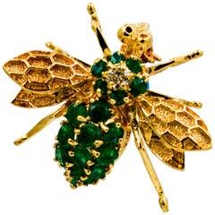 14 Karat Yellow Gold and Emerald Bee Brooch