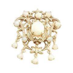 14 Karat Yellow Gold and Opal Brooch / Pendant