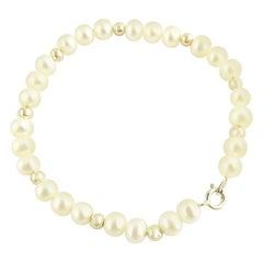 14 Karat Yellow Gold and Pearl Bracelet