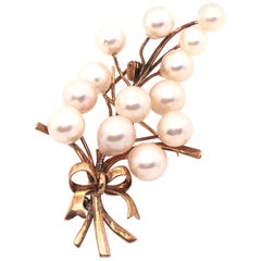 14 Karat Yellow Gold and Pearl Brooch / Pin Japan Stamped