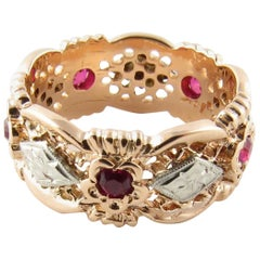 14 Karat Yellow Gold and Red Gemstone Ring