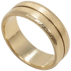14 Karat Yellow Gold Artcarved Accented Men's Wedding Band