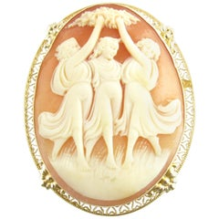 14 Karat Yellow Gold Cameo Pendant / Brooch