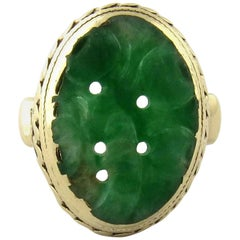 14 Karat Yellow Gold Carved Oval Jade Ring