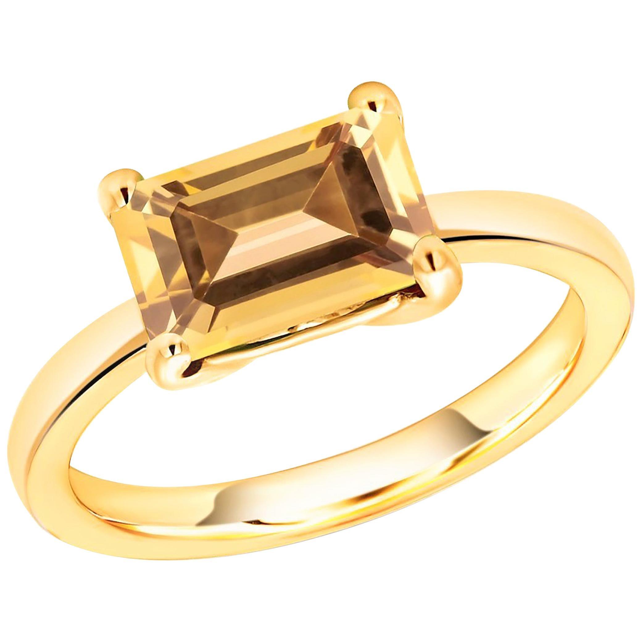 14 Karat Yellow Gold Ceylon Emerald Shape Yellow Sapphire Cocktail Ring