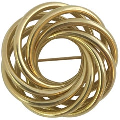14 Karat Yellow Gold Circular Knot Brooch