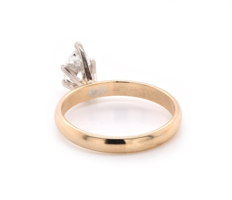 14 Karat Yellow Gold Diamond Engagement Ring In Excellent Condition For Sale In Scottsdale, AZ