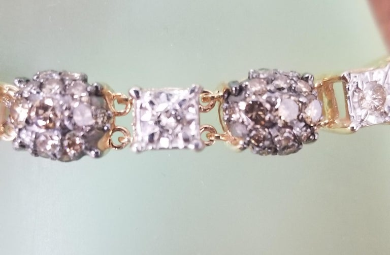 Women's 14 Karat Yellow Gold Diamond Link Bracelet with White and Conac Brown Diamonds For Sale