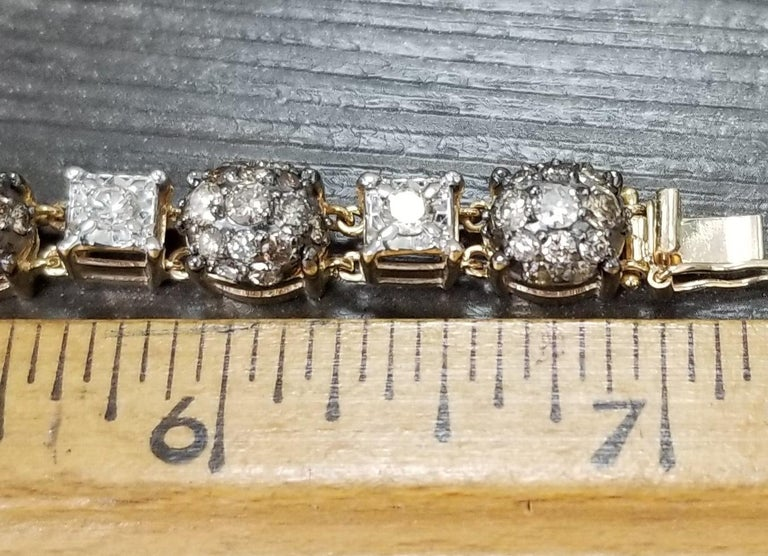 14 Karat Yellow Gold Diamond Link Bracelet with White and Conac Brown Diamonds For Sale 1
