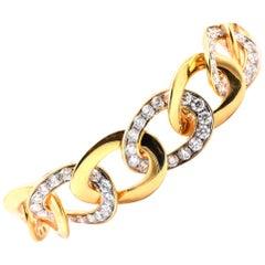 14 Karat Yellow Gold Diamond Oval Link Bracelet