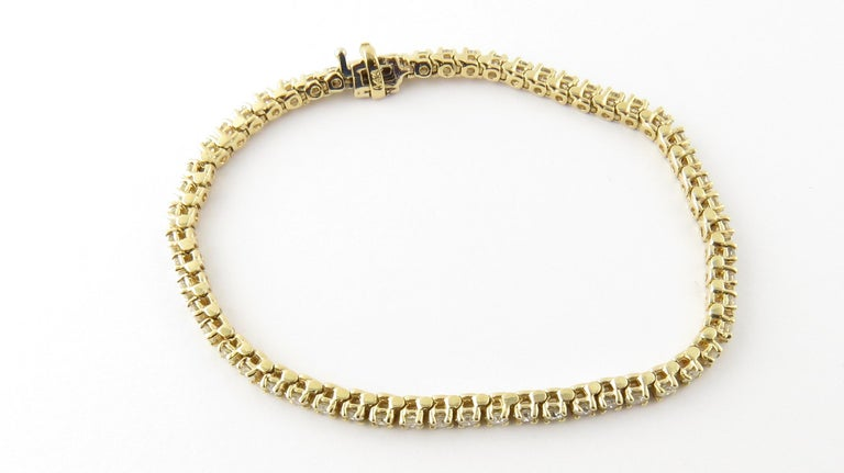 14 Karat Yellow Gold Diamond Tennis Bracelet 1.71 Carat In Excellent Condition For Sale In New Milford, CT