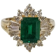 GIA Certified Emerald 14 Karat Yellow Gold Emerald Diamond Ring