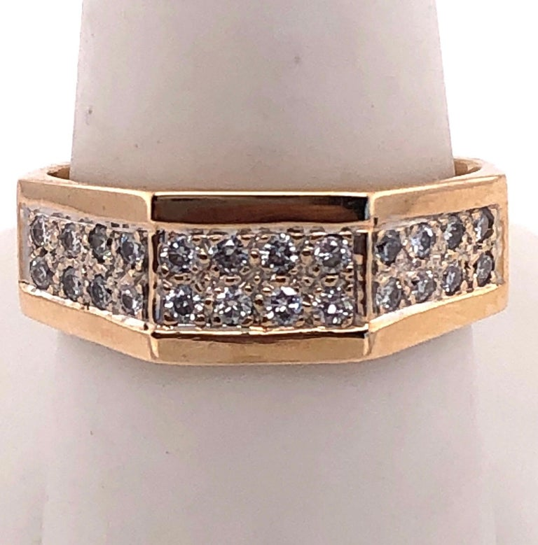 14 Karat Yellow Gold Fashion Ring with Diamonds In Good Condition For Sale In Stamford, CT