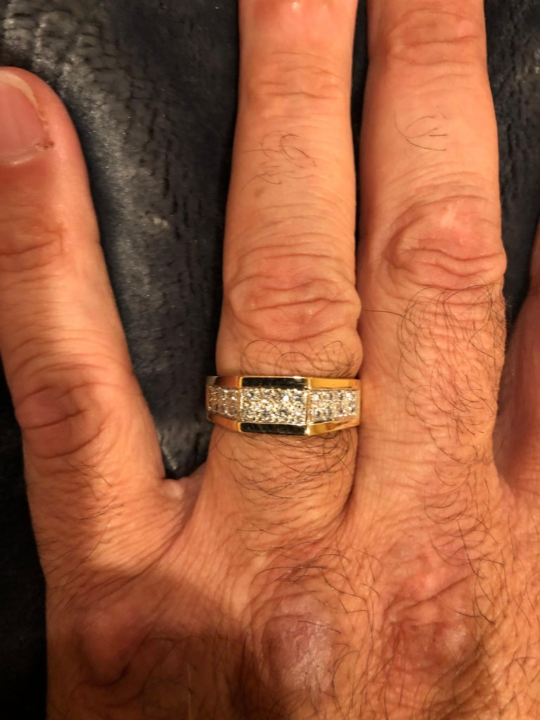 14 Karat Yellow Gold Fashion Ring with Diamonds For Sale 2