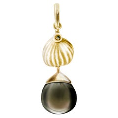 14 Karat Yellow Gold Fig Necklace Pendant with Smoky Quartz by the Artist