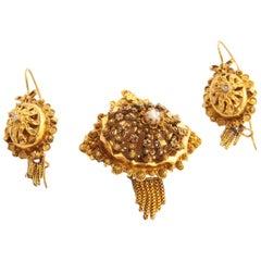 14 Karat Yellow Gold Filigree Earrings Brooch Jewelry Set