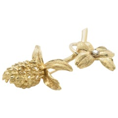14 Karat Yellow Gold Flower and Acorn Brooch with Diamond Accent