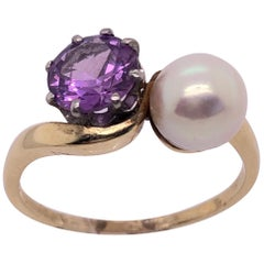 14 Karat Yellow Gold Freeform Ring with Solitaire Amethyst and Pearl