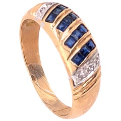 14 Karat Yellow Gold Free Form Sapphire and Diamond Band Ring 0.06 TDW