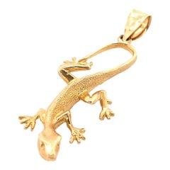 14 Karat Yellow Gold Gecko Charm Pendant