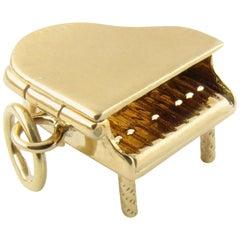 14 Karat Yellow Gold Grand Piano Charm