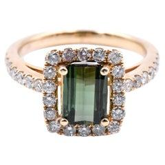14 Karat Yellow Gold Green Tourmaline and Diamond Ring