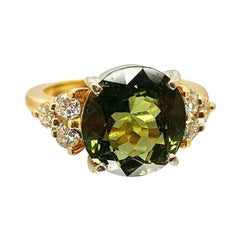 14 Karat Yellow Gold Green Tourmaline Diamond Ring