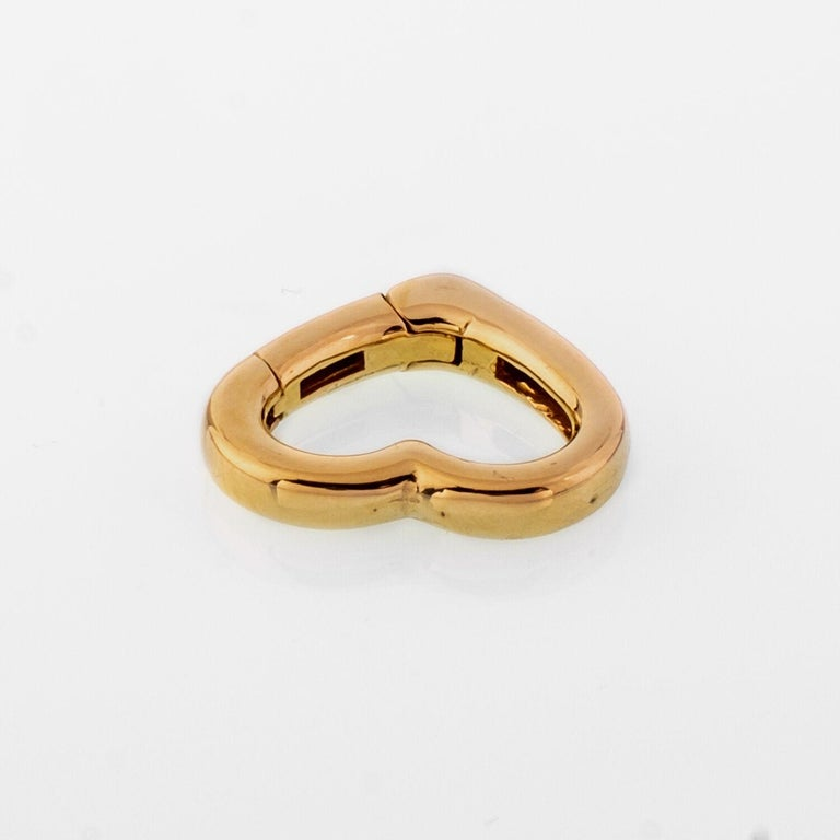 14 Karat Yellow Gold Heart Carabiner Connector In New Condition For Sale In New York, NY