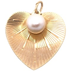 14 Karat Yellow Gold Heart Pendant with Pearl Center