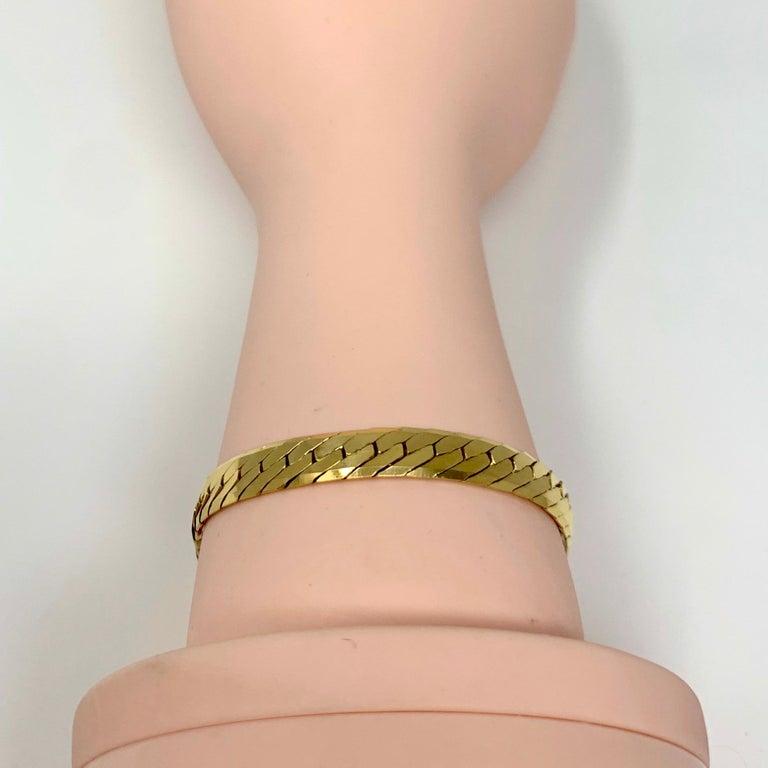 14 Karat Yellow Gold Herringbone Link Chain Bracelet For Sale 3