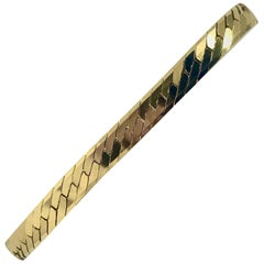 14 Karat Yellow Gold Herringbone Link Chain Bracelet