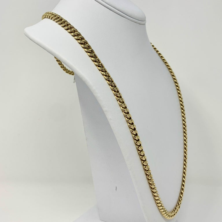 14 Karat Yellow Gold Hollow Cuban Curb Link Chain Necklace In Good Condition For Sale In Brandford, CT