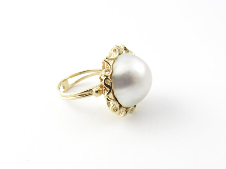 14 Karat Yellow Gold Mobe Pearl Ring In Good Condition For Sale In New Milford, CT