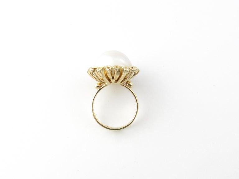 Women's 14 Karat Yellow Gold Mobe Pearl Ring For Sale