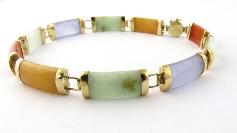 14 Karat Yellow Gold Multi-Color Jade Bracelet In Good Condition In New Milford, CT