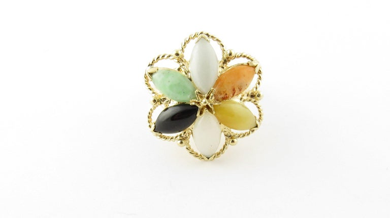 14 Karat Yellow Gold Multicolored Jade Ring For Sale 2