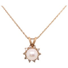 14 Karat Yellow Gold Necklace with Cultured Pearl and Diamond Pendant