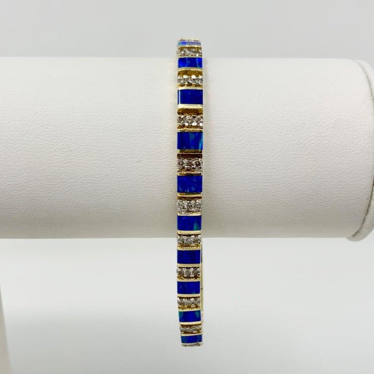 14 Karat Yellow Gold Opal and Diamond Ladies Tennis Bracelet In Good Condition In Brandford, CT