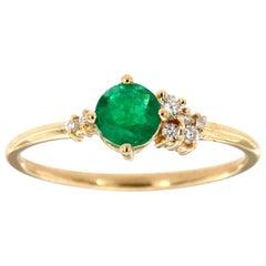 14 Karat Yellow Gold Organic Green Round Emerald Diamond Ring Center, 0.27 Carat