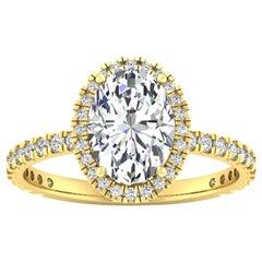 14 Karat Yellow Gold Oval Diamond Halo Pavé 2 Carat Center '2.4 Carat' I SI1 GIA