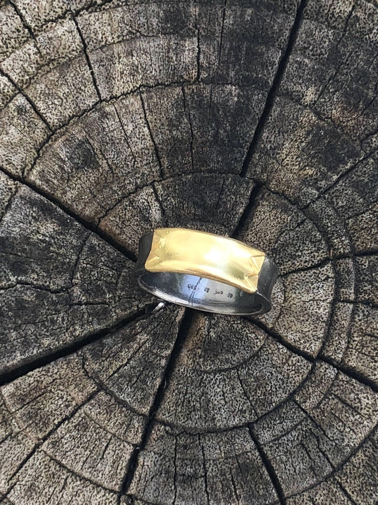 14 Karat Yellow Gold Oxidized Sterling Silver Band Ring In New Condition For Sale In Paris, FR