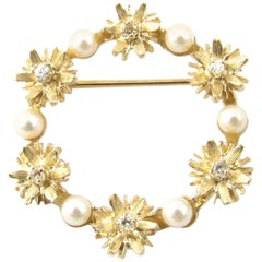 14 Karat Yellow Gold, Pearl and Diamond Wreath Pin or Brooch
