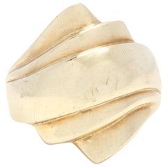 14 Karat Yellow Gold Ridge Bypass Ring, Statement or Cocktail Ring, circa 1980s